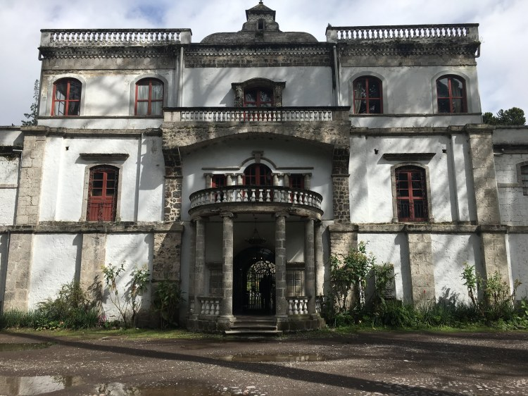 Cotopaxi Mansion