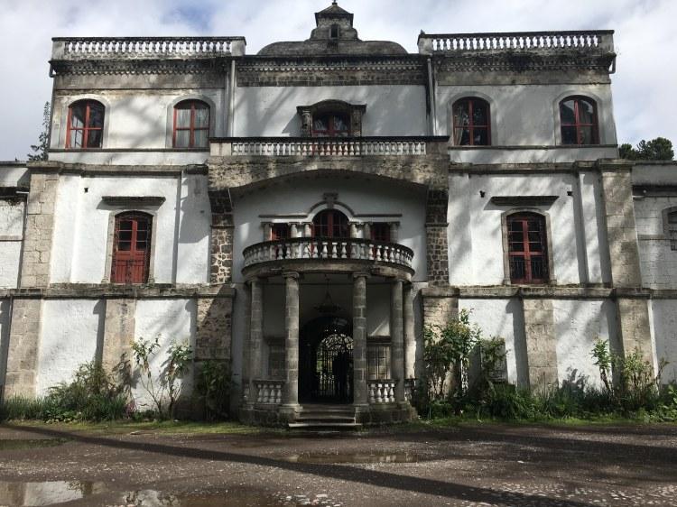 Cotopaxi Mansion
